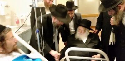 הרב קניבסקי מבקר מושתל כליה בבית חולים איכילוב