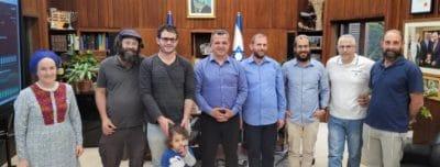 תושבי רמת גן שתרמו כליה נפגשו עם ראש העיר כרמל שאמה הכהן